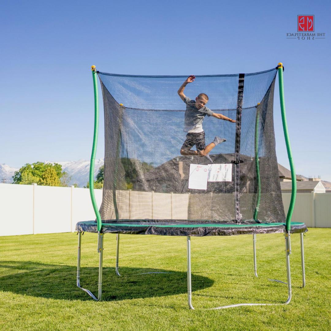 10 ft trampoline with enclosure and flash