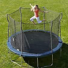 Kinetic 12 Round Trampoline and Safety Enclosure